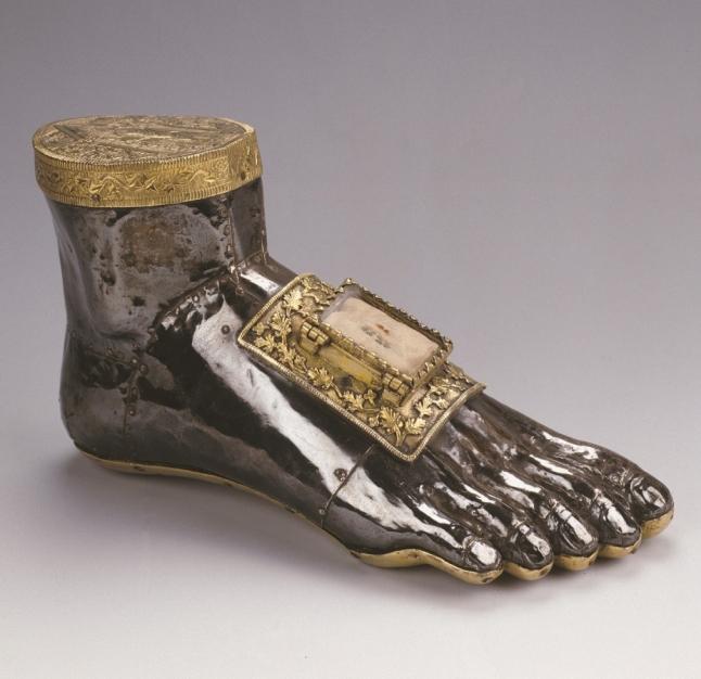 Reliekhouder van de heilige Blasius in de vorm van een voet