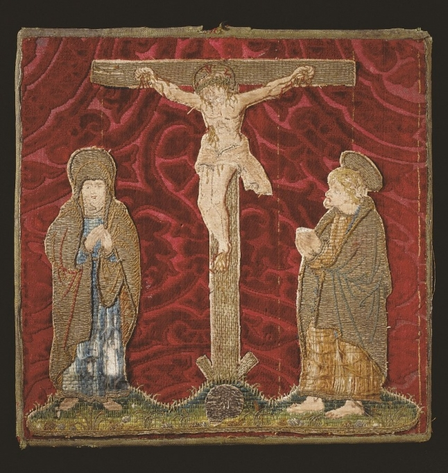Pale en velours rouge avec Crucifixion