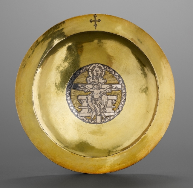 Paten said to have belonged to Gilles de Walcourt