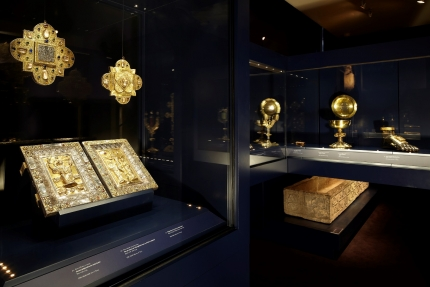 the Treasure of Oignies, housed in the Musée Provincial des Arts Anciens du Namurois.